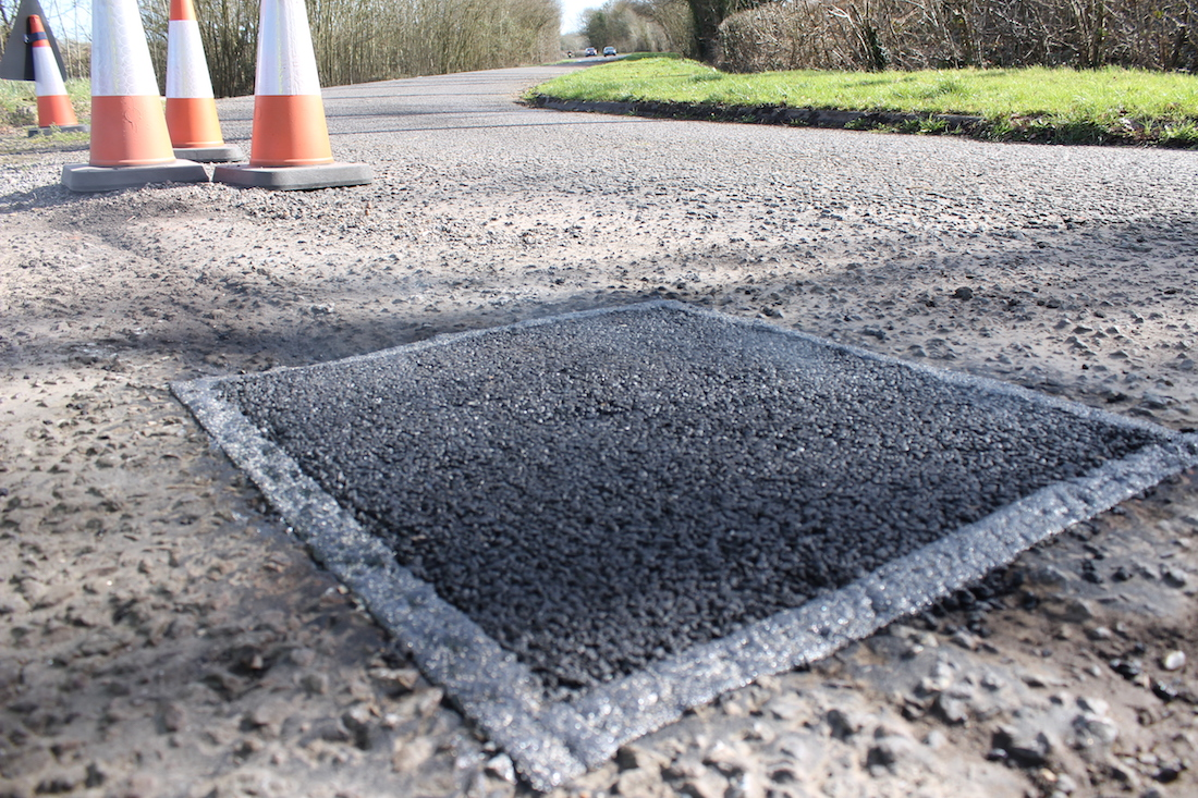 UCL Researhers Develop Asphaslt 3D Printer Capable of Repairing Roads
